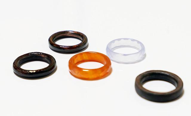 非金属の指輪