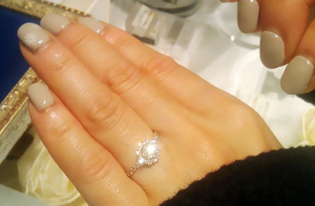 指輪の試着