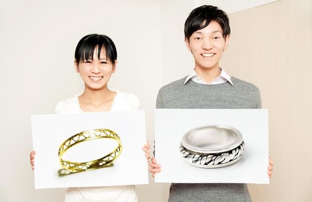 夫婦で別々のデザイン
